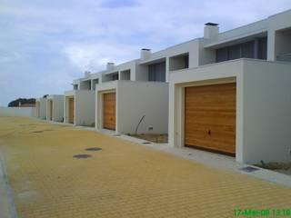 Modern Houses by GPR - ENGENHARIA LDA Modern