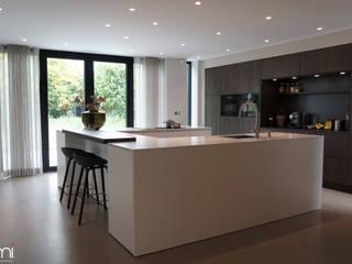 Elmi Interieurontwerp en Meubelontwerp Modern kitchen