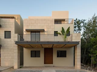 房子 by AIM arquitectura inmobiliaria, 現代風