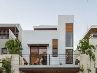 別墅 by AIM arquitectura inmobiliaria, 現代風