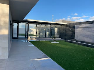Modern style gardens by ACRO ARQUITECTOS E INGENIEROS S.L.P. - EASYCTE Modern