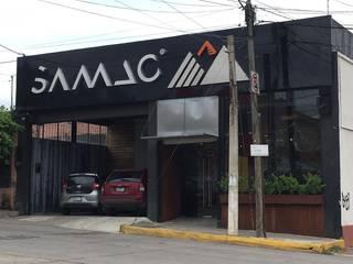 Tienda de bicicletas Espacios comerciales de estilo moderno de GARAY ARQUITECTOS Moderno