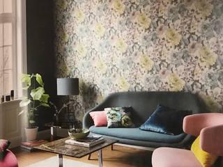 Salas multimedia de estilo moderno de Kolore Moderno