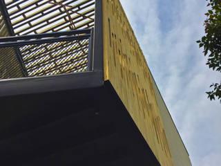 Casa Los Abetos: Casas ecológicas de estilo  por Irene Escobar Doren, Moderno