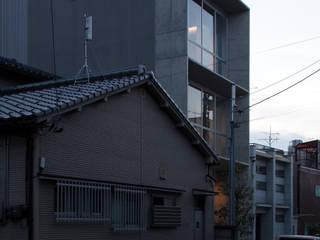 by 濱田修建築研究所 Modern