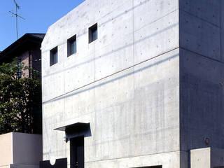 目黒の都市型住宅 松井建築研究所 オリジナルな 家