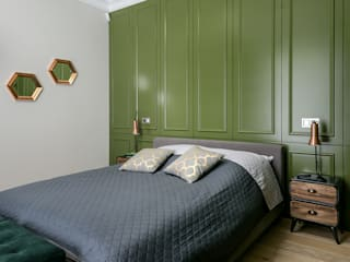 Bedroom by Q2Design, Classic