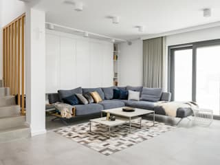 Living room by Q2Design, Minimalist
