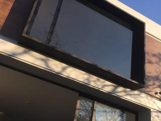 Casa Raaske de ffelix architecture Moderno