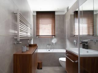 01 Nowoczesna łazienka od DEKA DESIGN Nowoczesny