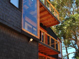 Casa Balcones: Casas ecológicas de estilo  por Irene Escobar Doren, Minimalista