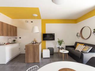 casa vacanza Firenze - RESTYLING + HOME STAGING TURISTICO 2019 Soggiorno moderno di Chiara Claudi - FIRENZE HOME DESIGN Moderno