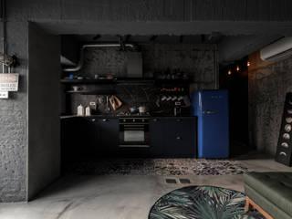 von 湜湜空間設計 Industrial