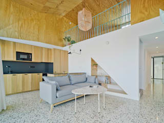 Laura Ortín Arquitectura Modern living room Wood Wood effect