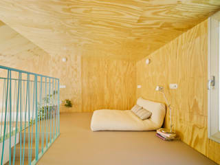 Laura Ortín Arquitectura Modern style bedroom Wood Wood effect