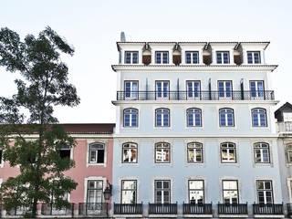 Esqina Cosmopolitan Lodge - Boutique Hotel Lisboa: Hotéis  por NWORKS Engenharia,Moderno