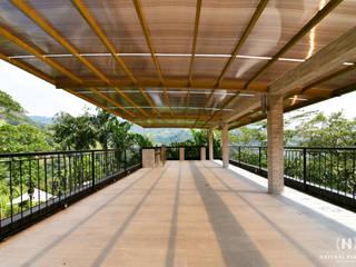 NATURAL PARADISE HOTEL BOUTIQUE de C&P ARQUITECTURA, DISEÑO Y CONSTRUCCION S.A.S Moderno