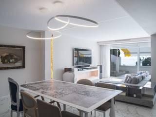 Reforma integral de vivienda exclusiva Bilbaodiseño Comedores de estilo moderno