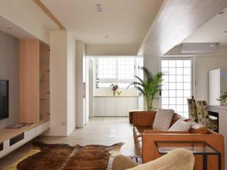 自然系 / L HOUSE:  客廳 by BABO, 北歐風