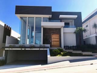 Residência Alto Padrâo CR Construtora Condomínios Branco