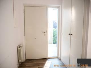 Modelo Menorca de The Concrete Home Moderno