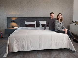 Hoog laag bedden De Suite SlaapkamerBedden en hoofdeinden Grijs