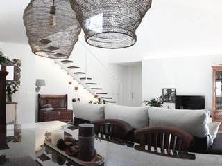 Modern living room by R. Borja Alvarez. Arquitecto Modern
