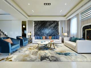 Salas / recibidores de estilo  por SING萬寶隆空間設計, Clásico