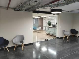Fabricación e instalación de divisiones de oficina en vidrio para Universidad Javeriana de .K-Design arquitectura y diseño interior Moderno