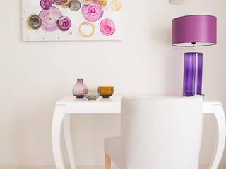 SALON CIRCLE ROSE-PARME Salon classique par COULEUR DE VIE Classique