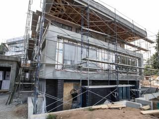 Zambezi Estate-New Build:  Single family home by Wentworth Construction, Modern