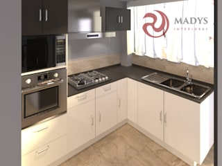 MADYS INTERIORES Small kitchens Multicolored