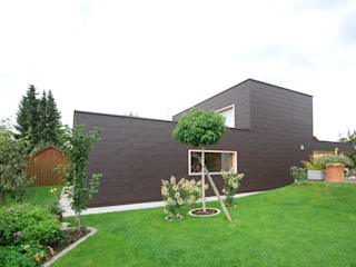 schroetter-lenzi Architekten Single family home Aluminium/Zinc Brown