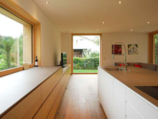 schroetter-lenzi Architekten Unit dapur Kayu Wood effect