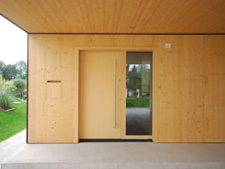 schroetter-lenzi Architekten Drzwi drewniane Drewno O efekcie drewna