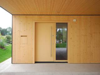 schroetter-lenzi Architekten 木製ドア 木 木目調