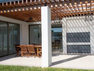 Gartenhaus von Asociados, Modern