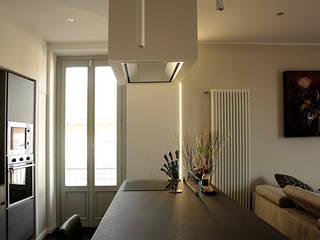 "Casa ""LUKE"" Cucina moderna di Giorgio Gravina Moderno"