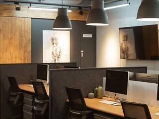 鈊楹室內裝修設計股份有限公司 Kantor & Toko Gaya Industrial