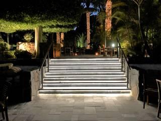REFORMA HOTEL PALM BEACH | SEASIDE RÖ | ARQUITECTOS Balcones y terrazas de estilo moderno Piedra