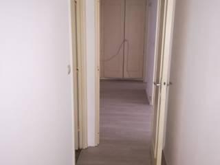 Moderne gangen, hallen & trappenhuizen van Lionel CERTIER - Architecture d'intérieur Modern