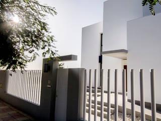 de AGM Arquitecto Antonio Gómez Mora Moderno