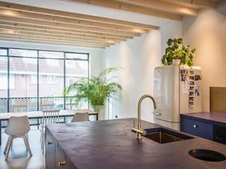 Nieuwendammerdijk van HOP Architecten Modern