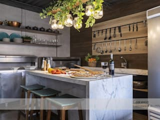Industrial style bars & clubs by Fark Arquitetura e Design Industrial