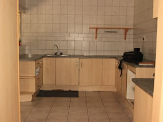Melamine Kitchen with loads of drawers by Pretoria Kitchens and Bedrooms