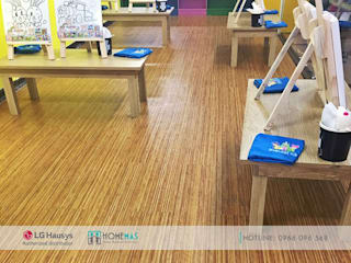 Dự án Trung tâm giải trí Starlight Đà Nẵng - HOMEMAS thi công sàn nhựa Vinyl :  Sàn by HOMEMAS ( THÀNH VIÊN CÔNG TY CỔ PHẦN QHPLUS ), Hiện đại