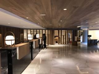 地中海スタイル 玄関&廊下&階段 の Tu Hotel Contract 地中海