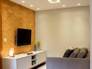 Salas modernas de Serra Vaz Arquitetura e Design de Interiores Moderno