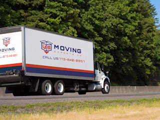 Modern houses by Moving Experts US Modern