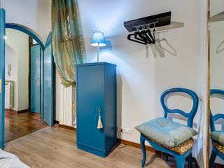 ผสมผสาน  โดย Creattiva Home ReDesigner  - Consulente d'immagine immobiliare, ผสมผสาน